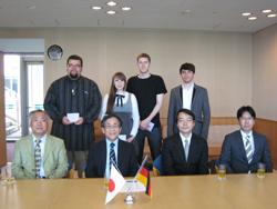 First row from left to right: Professor Kamitake, Vice-President Miyano, Associate Professor Takanashi, Dr. Hasegawa Second row from left to right: Dennis Düsenberg, Janine Behn, Daniel Büscher, Alexander Globig