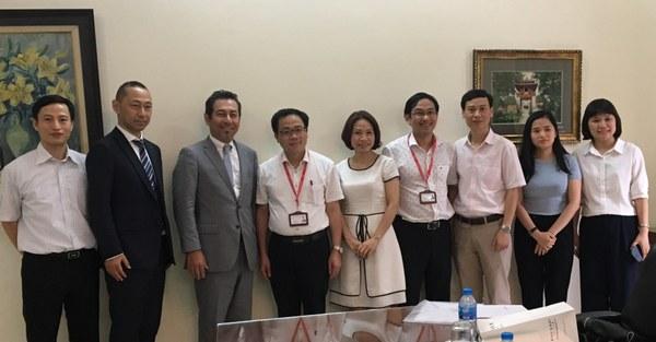 From left:<br />    Dr. Hoang Hai, Hepatology, OCU Medical School<br />Prof. Kubo, Vice Director, Global Exchange Office, OCU<br />Prof. Kawada, Hepatology, OCU Medical School<br />President Ta Thanh Van, HMU<br />Dr. Le Thi Thanh Thuy, Hepatology, OCU Medical School<br />Dr. Tran Thanh Tung, Head of International Cooperation, HMU<br />Assoc. Prof. Tran Huy Thinh, Deputy Head, Dept. of Biochemistry, HMU<br />Ms. Hoang Dieu Linh, Specialist, International Cooperation, HMU<br />Dr. Nguyen Thi Thanh Hai, HMU (OCU Graduate)
