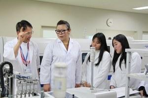 A medical facility tour at OCU Hospital (1)