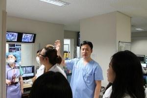 A medical facility tour at OCU Hospital (3)