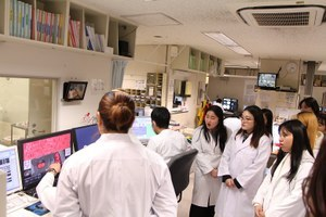 A medical facility tour at OCU Hospital (5)