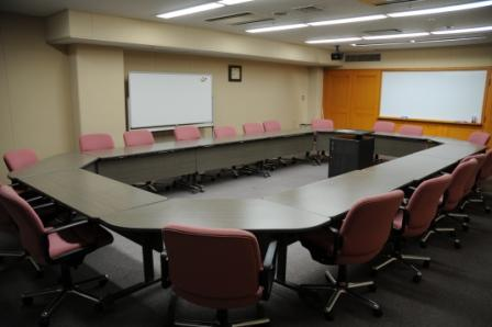 seminar room s