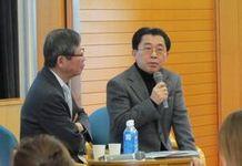ジャーナリストの大谷 昭宏氏を講師と朴一(パク イル)経済学研究科教授