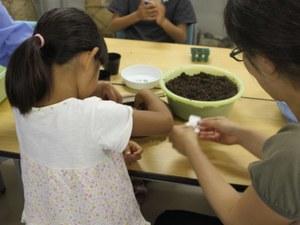 ファミリー草花教室-2.jpg