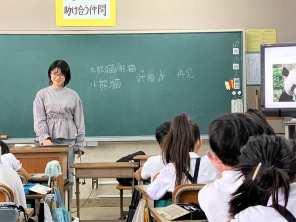 譚さんの授業風景②