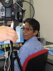 収録風景2・インドネシアからの留学生の研究室での様子