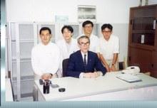 山中伸弥先生の研究者としての起点―市大時代の想い出を展示
