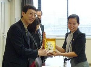 カンボジア司法関係者の本学法科大学院来訪