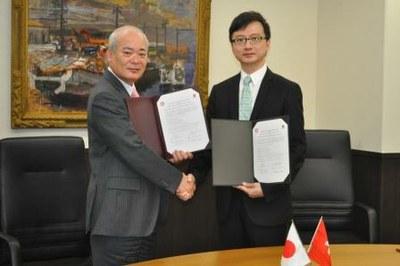 香港中文大学医学部と国際消化管研究センター設立に関する調印式を行いました。