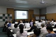 ~人工光合成研究の軌跡~ 人工光合成研究センター開所5周年記念講演会を開催しました