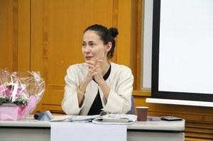 デポール大学のキャサリン・イバタ=アレンズ博士 「グローバルアジア研究プログラム」ディレクター