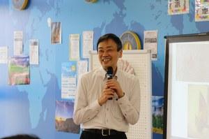 鶴田国際センター所長
