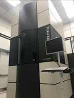 実験に使用した透過型電子<br />顕微鏡と同機種のサンプル<br />写真(画像提供:FEI)